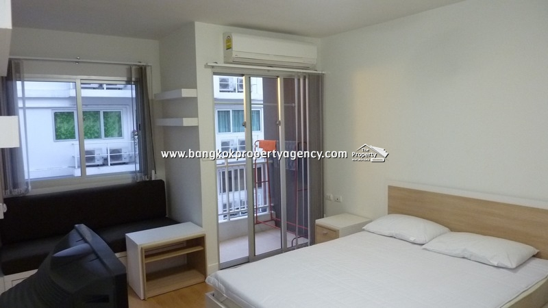 My Condo Sukhumvit 52:  24 sqm studio room close to BTS and Tesco