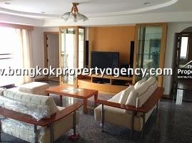 Royal Castle Sukhumvit 39: 3bd/3br 163 sqm fully furnished condo