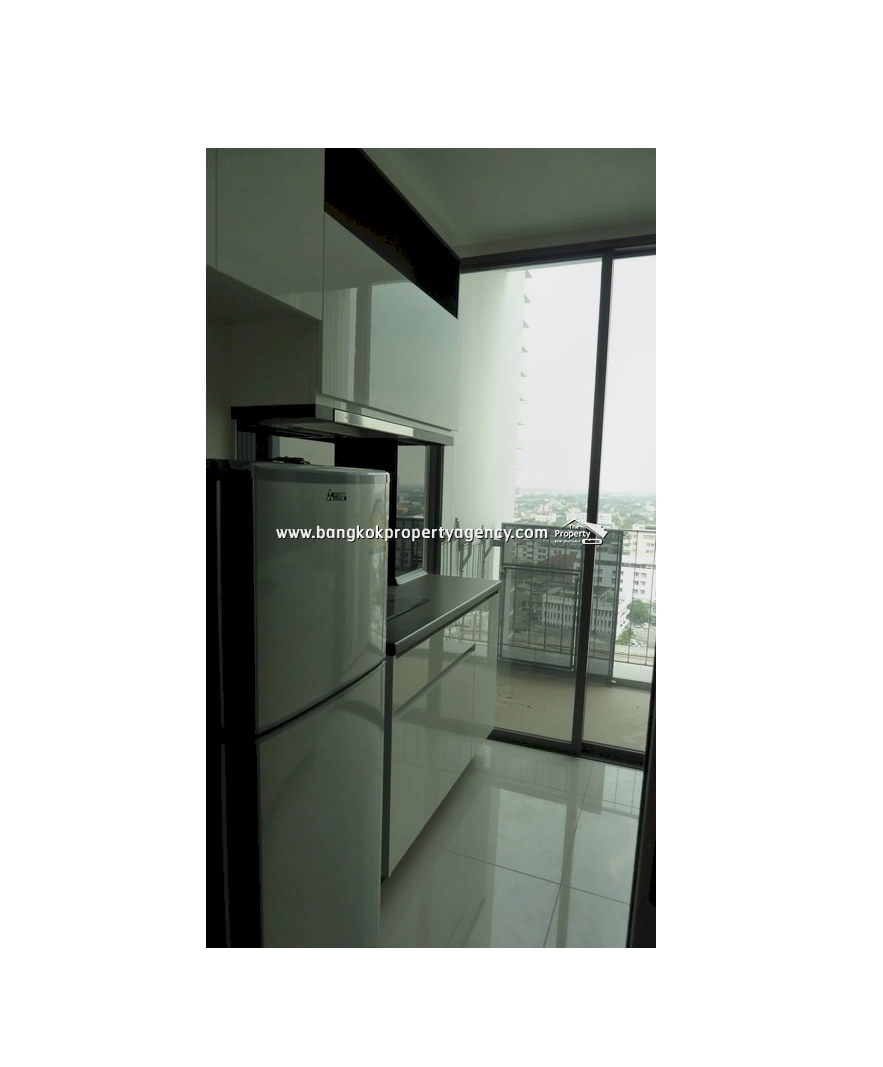 The Room Sukhumvit 62 1 bed spacious and well decorated  : 4 2351 from www.bangkokpropertyagency.com size 883 x 1067 jpeg 191kB