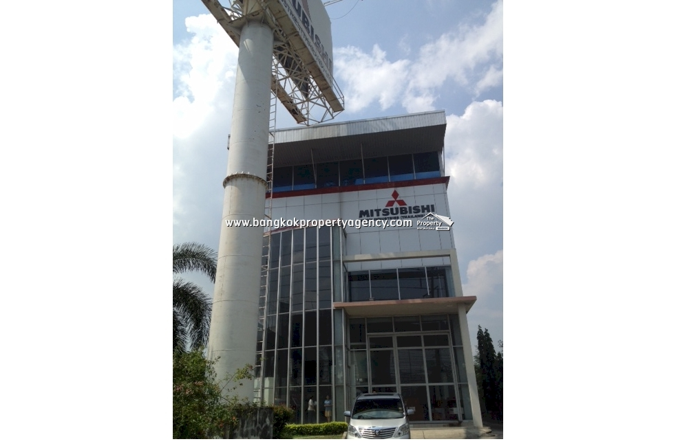 Showroom Office for Rent: 373-950 sqm in the Bang Na Area KM 7