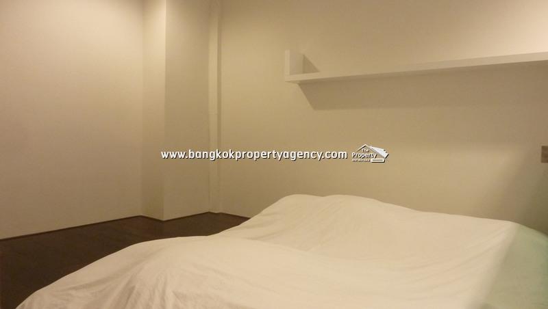 Ideo Morph 38 & Ashton Morph 38: 1 bed 32 sqm well decorated duplex