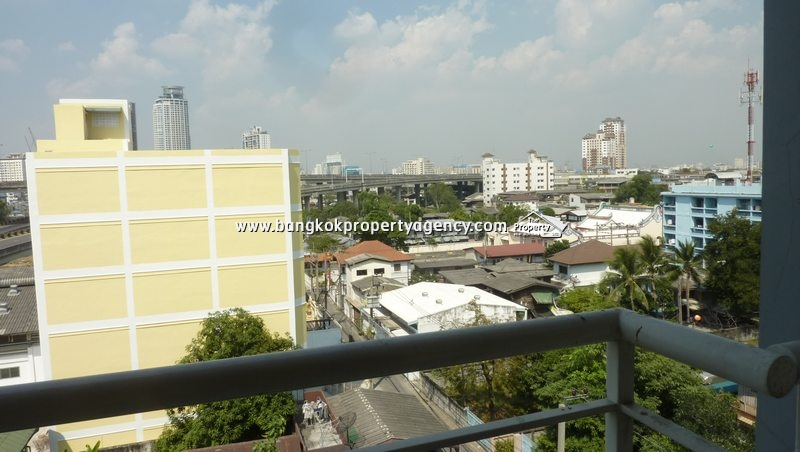 The Link Sukhumvit 50 2 bed modern and nicely decorated  : 10 2461 from www.bangkokpropertyagency.com size 800 x 452 jpeg 188kB