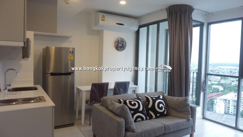 Ideo Mobi Sukhumvit 81: 1 bed sky duplex on very high floor