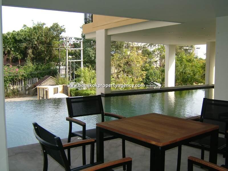 Sense Condo Sukhumvit 68: Studio fully furnished with unblocked view