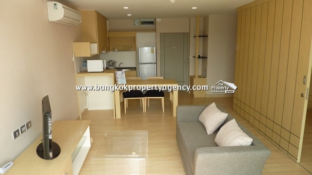 Tree Condo Sukhumvit 52: Large 1 bed 59 sqm well decorated/ pool view