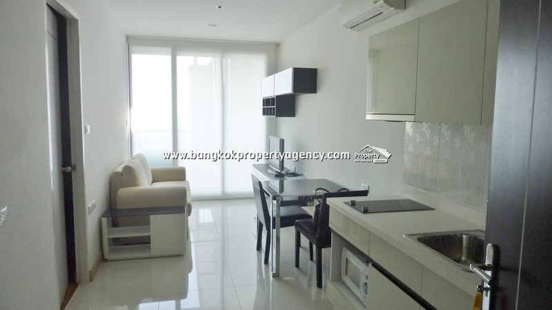 The President Sukhumvit 81: Brand new 1 bed corner room on high floor
