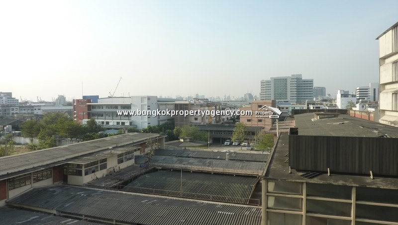 The Room Sukhumvit 62: 1 bed 45 sqm well decorated unit close to BTS