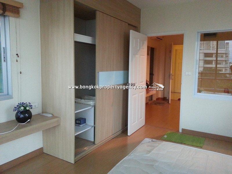 Life@Sukhumvit 65: 1 bed  41 sqm corner room close to BTS
