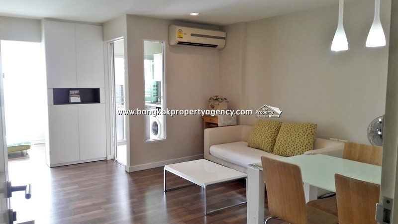 The Room Sukhumvit 79: 2 bed well decorated condo, unblocked view