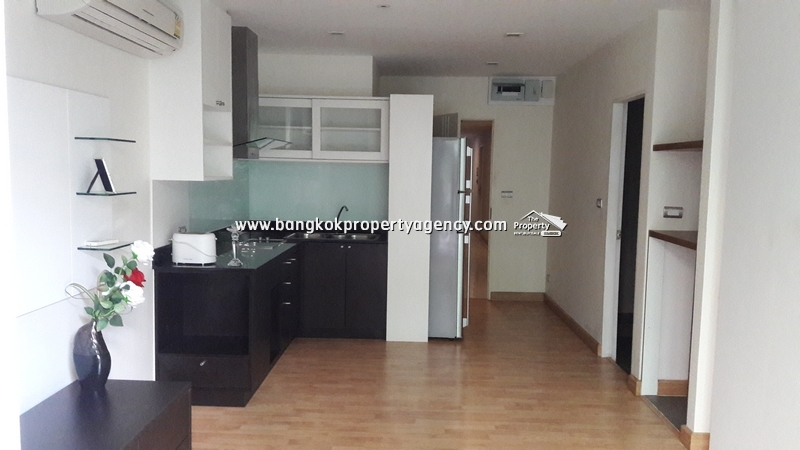 Tree Condo Sukhumvit 52:  1 bed 41 sqm partially furnished condo