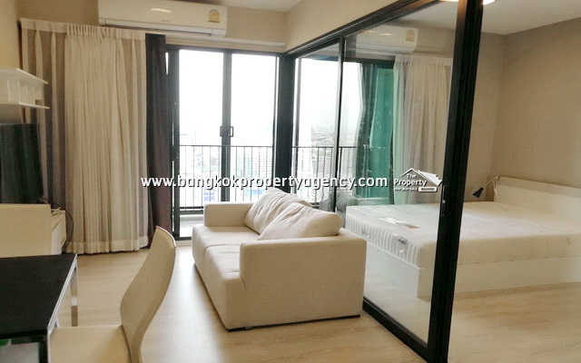 Condolette Midst Rama 9: 1 bed 35 sqm fully furnished/very high floor