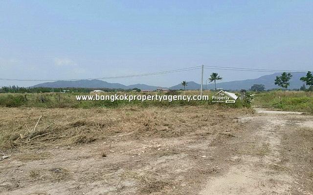 Land for Sale Hua Hin: 12 Rai close to Black Mountain Golf Course