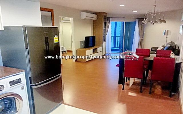Belle Grand Rama 9: 2 bed 58 sqm well decorated unit with unblocked city view
