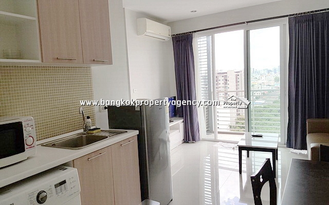 The Mark Condo Ratchada: 2 bed 57 sqm furnished corner unit