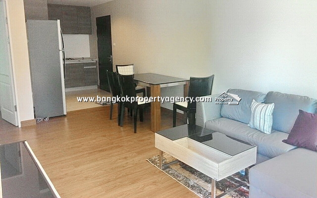Belle Grand Rama 9: 2 bed 58 sqm fully funished unit with pool view