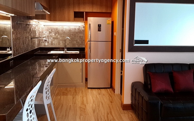 Belle Grand Rama 9: 1 bed 43 sqm well decorated/ furnished, city view