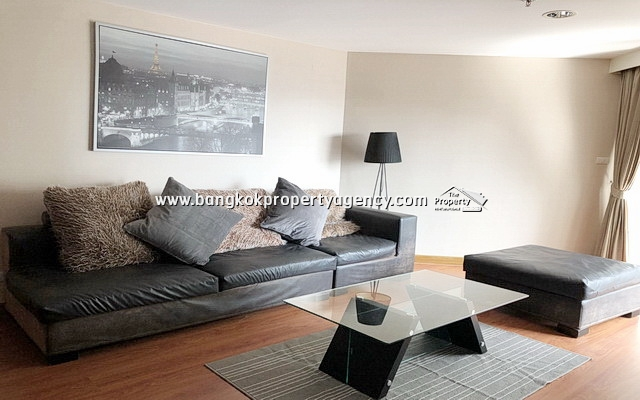 Belle Grand Rama 9: 2 bed 79 sqm fully furnished unit/pool view