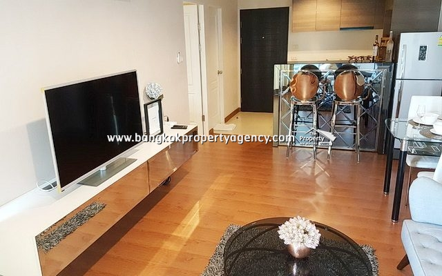 Belle Grand Rama 9: 1 bed 48 sqm fully furnished unit with city view