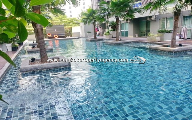 A Space Asoke-Ratchada: 1 bed 41 sqm furnished unit with pool access