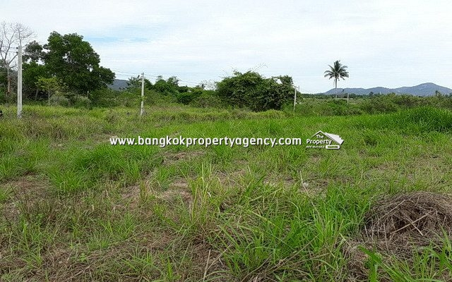 Land for Sale Hua Hin: 12 Rai close to Black Mountain Golf Course