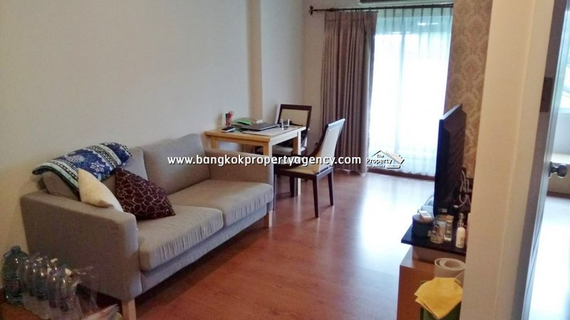 The Next Sukhumvit 52: 1 bed 40 sqm fully furnished/close to BTS