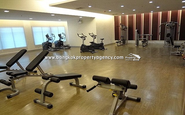 Belle Grand Rama 9: 1 bed 43 sqm well decorated unit with city view