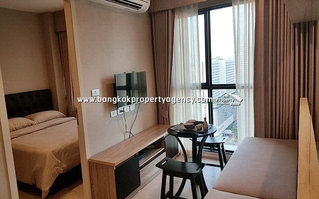 Rhythm Asoke 2: 1 bed 28 sqm fully furnished unit on high floor