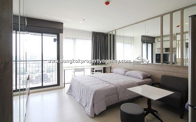 Rhythm Asoke: 22 sqm fully furnished studio unit with city view