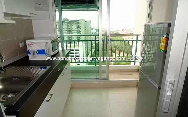 Supalai Park Asoke-Ratchada: 34 sqm fully furnished unit, city view
