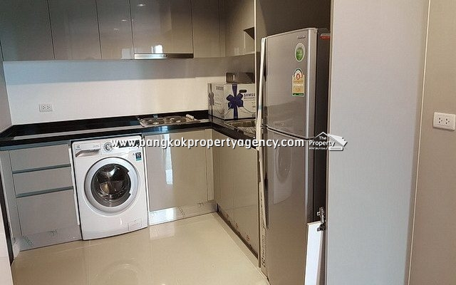 Belle Grand Rama 9: 2 bed 58 sqm fully furnished unit with pool view